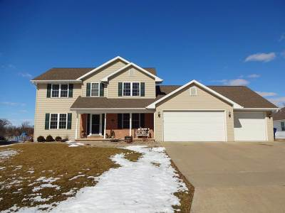 Wrightstown Single Family Home Active-No Offer: 551 Windy Wood