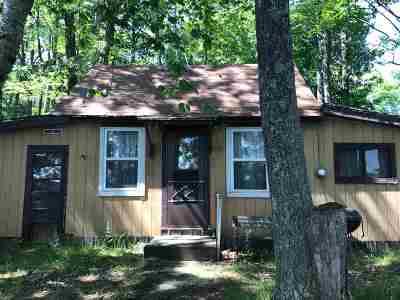 Single Family Home For Sale: 9243 Pickerel Lake