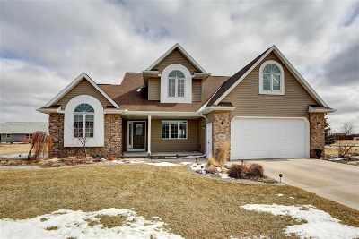 Appleton Single Family Home For Sale: 4840 N Fuji