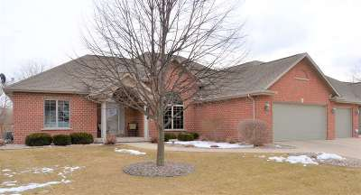 De Pere Single Family Home Active-No Offer: 2177 Yahara