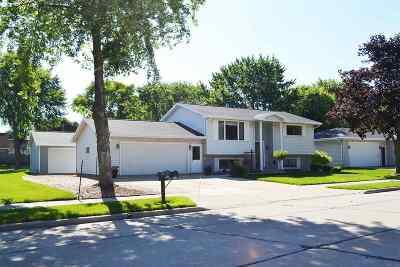 Kaukauna Single Family Home Active-No Offer: 2708 Main