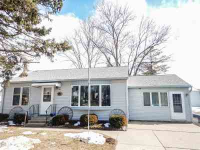 Bonduel Single Family Home For Sale: 440 N Cecil