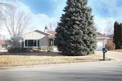 Appleton Single Family Home For Sale: 2122 W Harvest
