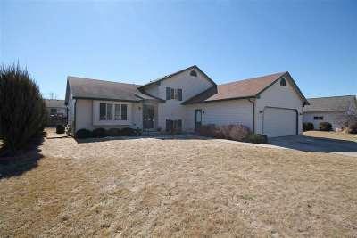 Oshkosh Single Family Home Active-No Offer: 3257 Isaac