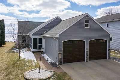 Single Family Home For Sale: 490 Rainbow Beach