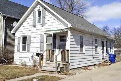 Green Bay Single Family Home Active-No Offer: 876 Dousman