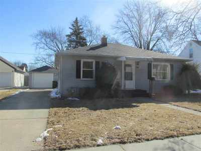 Appleton Single Family Home For Sale: 1802 S Adams