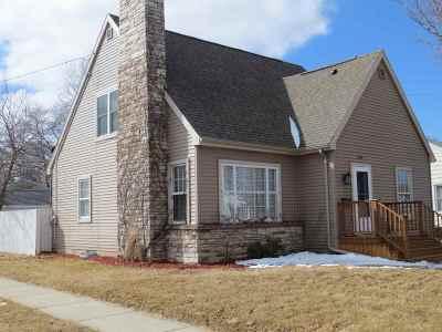Oshkosh Single Family Home Active-Offer No Bump-Show: 203 W Bent