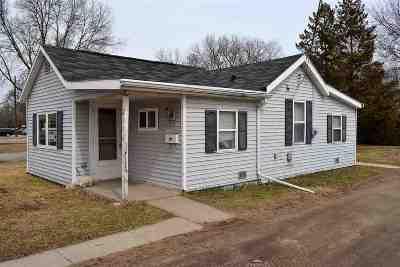 Single Family Home For Sale: 2356 Mt Vernon