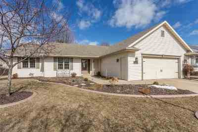 Single Family Home For Sale: 2627 Radinz
