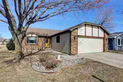 Oshkosh Single Family Home Active-No Offer: 2310 Abbey