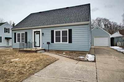Single Family Home Active-No Offer: 613 N Badger