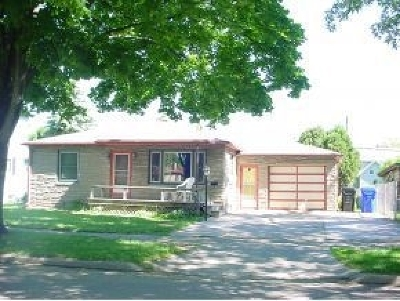 Appleton Single Family Home Active-No Offer: 508 E Coolidge