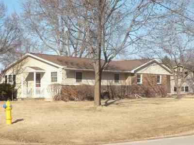 Menasha Multi Family Home Active-No Offer: 1640 Eugene