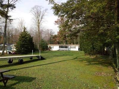 Marinette County Single Family Home Active-Offer No Bump: W6617 Elinor