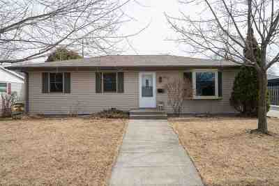 Combined Locks Single Family Home Active-Offer No Bump: 609 Linda