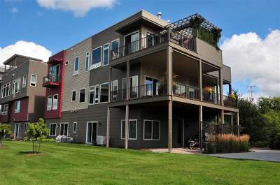 Appleton Condo/Townhouse Active-No Offer: 1147 Banta #4