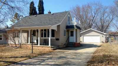 Neenah Single Family Home Active-Offer No Bump: 717 Stevens