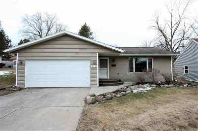 Oconto Falls WI Single Family Home Active-Offer No Bump: $143,900