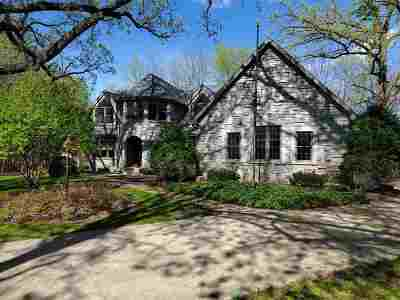 Oshkosh Single Family Home Active-No Offer: 3074 Pine Ridge