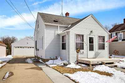 Little Chute WI Single Family Home Active-Offer No Bump: $117,900