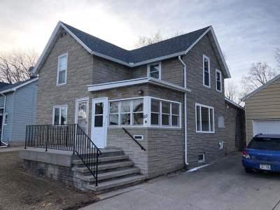 Kaukauna Single Family Home Active-Offer No Bump: 813 Oviatt