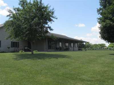 Appleton Single Family Home Active-Offer No Bump: W3983 Krueger