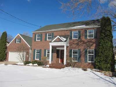 Menasha Single Family Home Active-Offer No Bump: 310 Willow