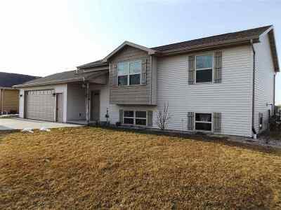 Kaukauna Single Family Home Active-Offer No Bump: 1360 Marie