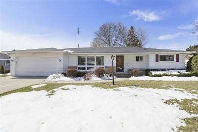 Neenah Single Family Home Active-Offer No Bump: 327 Crescent
