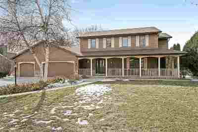 Neenah Single Family Home Active-Offer No Bump: 1245 Weatherwood
