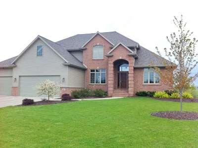Green Bay Single Family Home Active-Offer No Bump: 2667 Moose Creek
