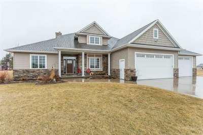 Kaukauna Single Family Home Active-Offer No Bump: N1954 Domain