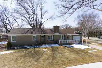 Kimberly WI Single Family Home Active-Offer No Bump: $177,900
