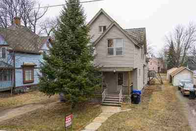 Appleton WI Multi Family Home Active-No Offer: $150,000