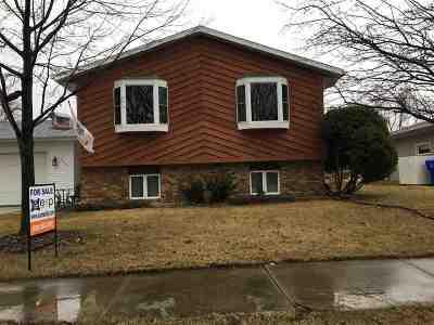 Kaukauna Single Family Home Active-Offer No Bump: 2724 Sullivan