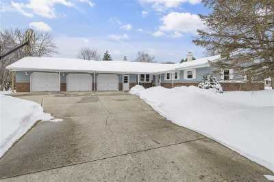Neenah Single Family Home Active-Offer No Bump: 1111 Kerwin