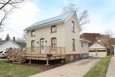 Menasha Single Family Home Active-No Offer: 315 Oak