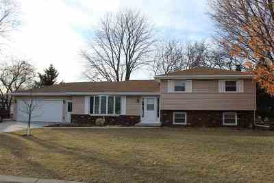 Neenah Single Family Home Active-Offer No Bump: 732 Manchester