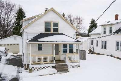 Menasha Single Family Home Active-Offer No Bump: 848 Appleton