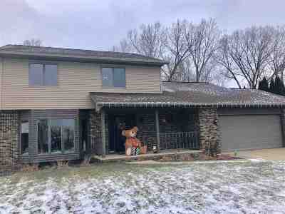 Appleton Single Family Home Active-No Offer: 2012 W Marquette