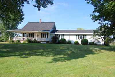 Oconto Single Family Home Active-Offer No Bump: 6207 Bay Shore