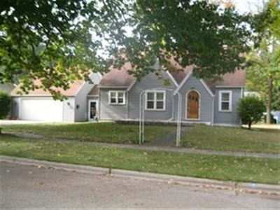 Oconto Falls WI Single Family Home Active-No Offer: $124,900