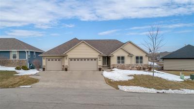 Menasha Single Family Home Active-Offer No Bump: 2900 Chrystella