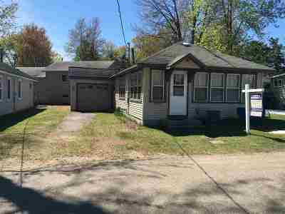 Shawano Single Family Home Active-No Offer: N6547 E Sunset
