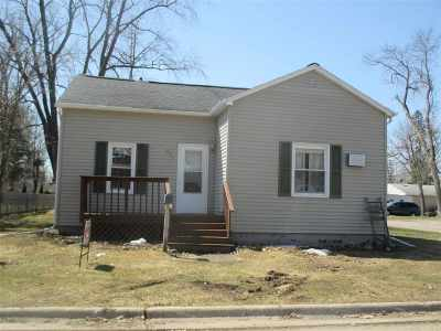 Oconto Single Family Home Active-No Offer: 600 Washington