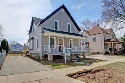 Appleton Multi Family Home Active-Offer No Bump: 1011 W Elsie