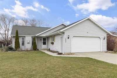 Kaukauna Single Family Home Active-Offer No Bump: 2833 Main