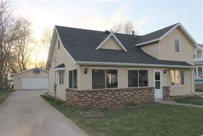 Winneconne Single Family Home Active-Offer No Bump-Show: 18 N 4th