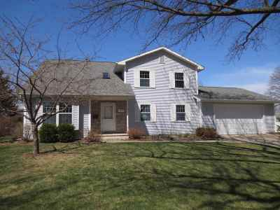 Oshkosh Single Family Home Active-Offer No Bump-Show: 1225 Fairview